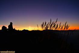 V. R. genießt den Sonnenuntergang auf der Mondspitze, Rätikon